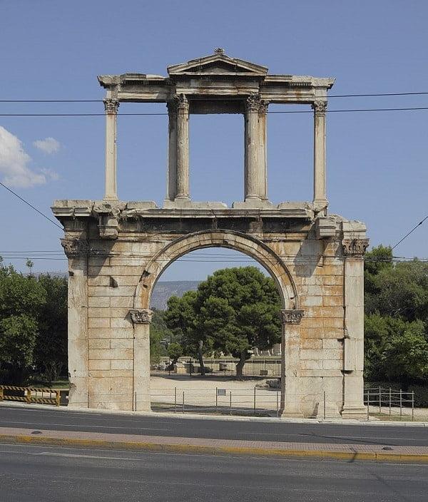 Hadriyan kemeri-Atina